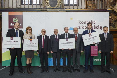 Laureaci Prezes Energa SA i jury konkursu