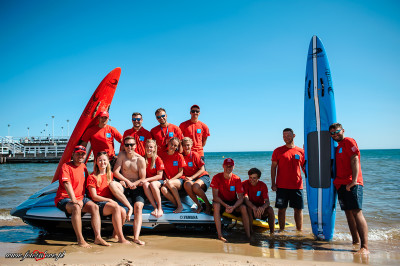 Ratownicy z Gda+äskich K¦ůpielisk Morskich