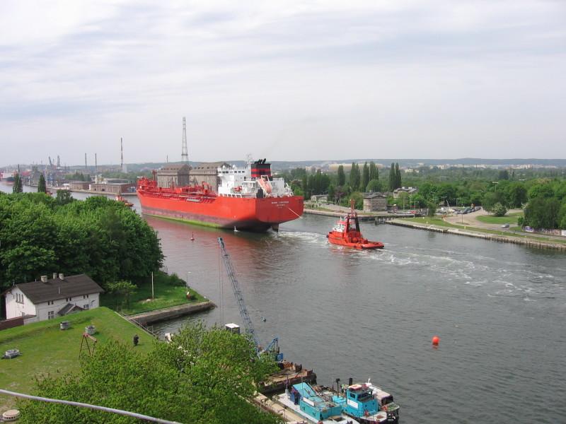 Statek w Kanale w Gdańsku IMG_1850