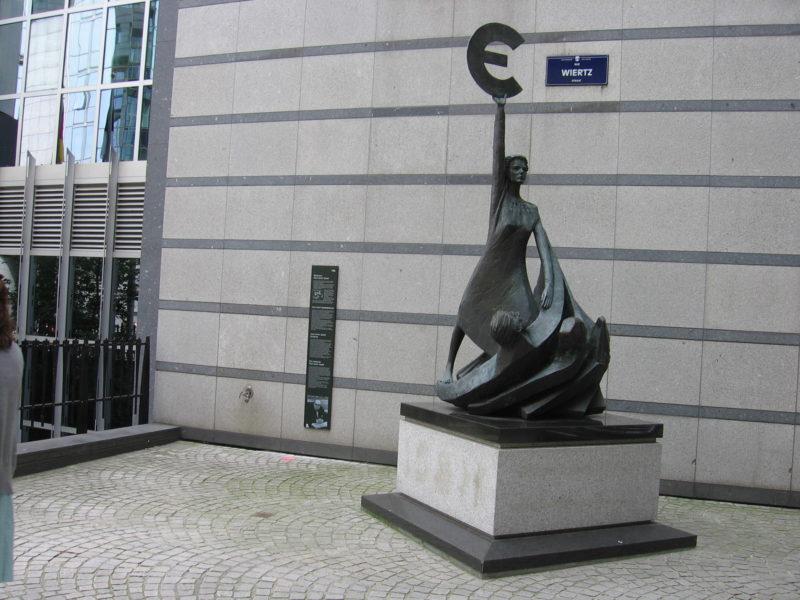 pomnik euro IMG_5247