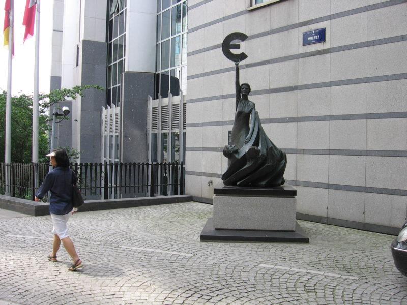 pomnik-euro